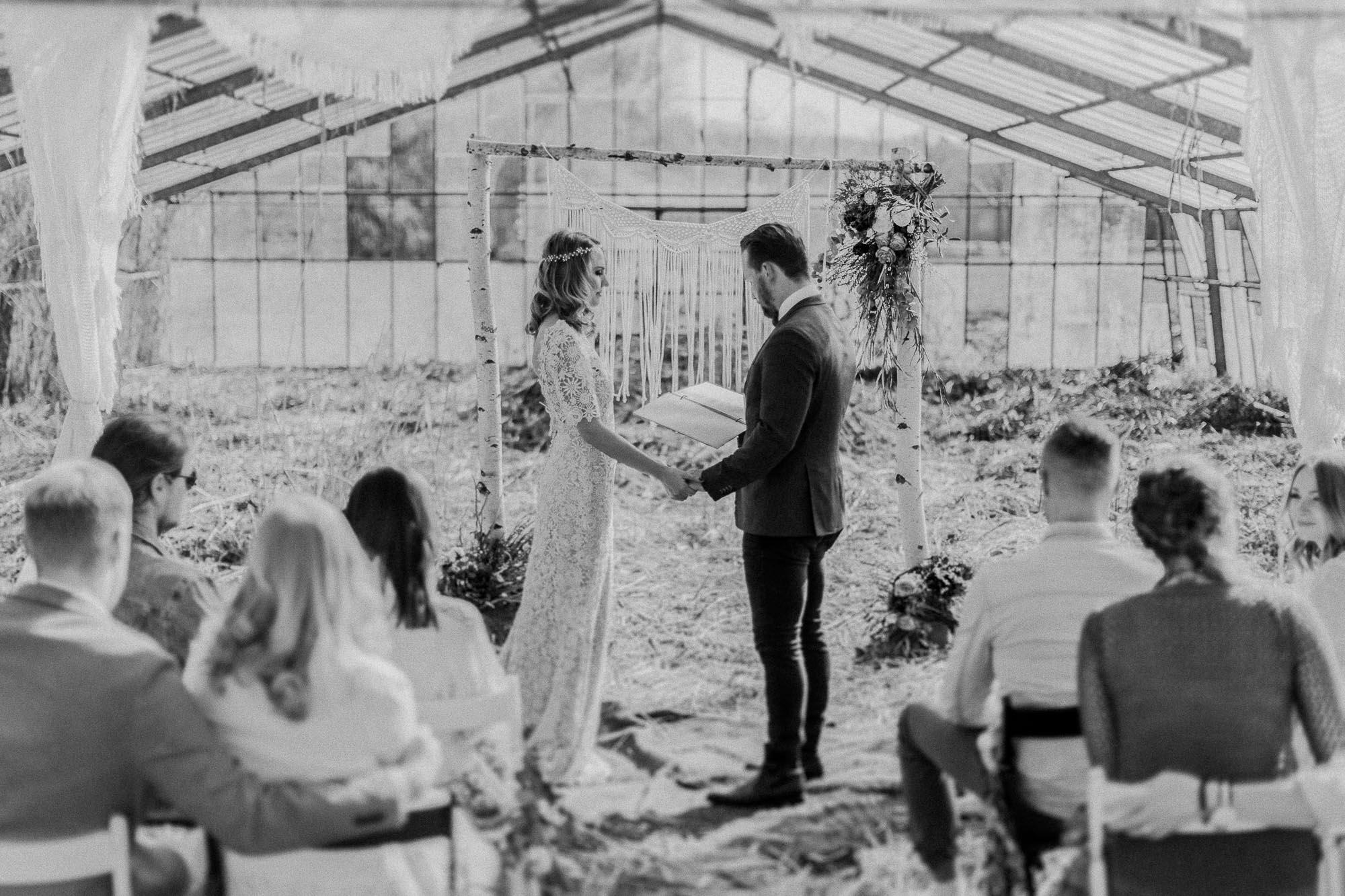 Hochzeitsreportage im Boho Style. Aufgenommen von den Hochzeitsfotografen Tom und Lia aus Rostock.
