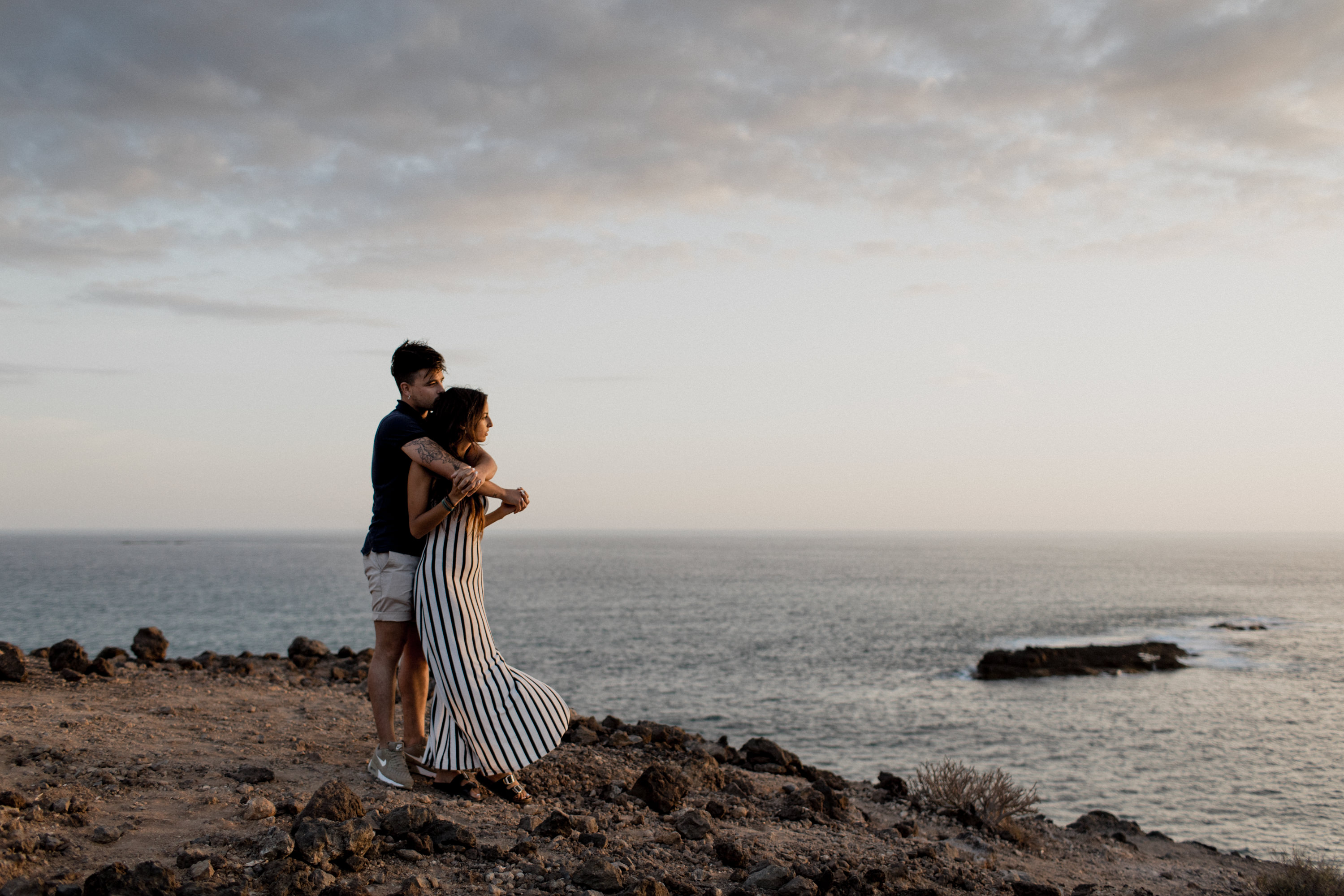 Sunset Couple Shoot in Costa Adeje. Shot by the international wedding photographer couple Tom und Lia Fotografie from Rostock.